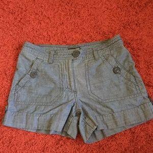 H&M Blue Jean Shorts SUPER CUTE! Size 6 EUC!